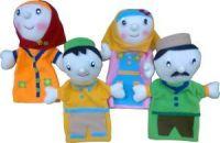 108-03-BonekaTanganOrang-KeluargaMuslim